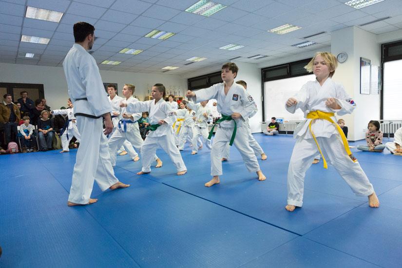 Taekwondo für Kinder von 7 bis 13 in Zürich und Freiburg